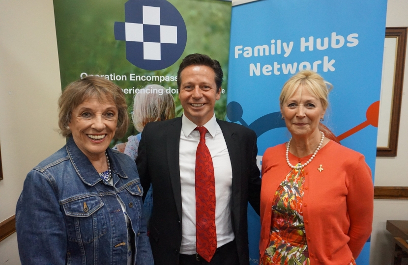 Mid-Worcestershire MP Nigel Huddleston met Dame Esther Rantzen and David and Elisabeth Carney-Haworth in Parliament, to learn about a scheme called Operation Encompass.
